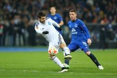 米格尔・维罗索射击球、UEFA欧罗巴16在发电机之间的秒腿比赛同盟回合和埃弗顿 库存照片
