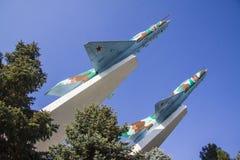 米格-15在克拉斯诺达尔飞行战争纪念建筑 免版税库存图片