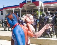 米歇尔・马尔泰利总统跳舞被绘的支持者  免版税库存图片