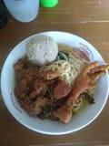 米氏ayam A传统街道食物在印度尼西亚 免版税库存照片