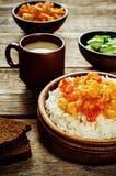 米用咖喱花椰菜 免版税库存图片