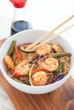 米线用虾和菜 免版税库存图片