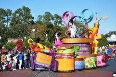 米老鼠在迪斯尼世界的游行浮动 免版税库存照片