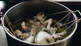 米蒸了用鸡汤在街道食物 免版税图库摄影