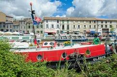 米迪运河在卡斯泰尔诺达里,法国 免版税库存图片