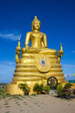 12米高大菩萨图象,由22吨黄铜做成在Phu 免版税库存图片