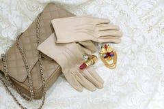 米黄手套 库存图片
