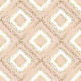 米黄柔和的淡色彩和金菱形无缝的样式 库存例证