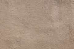 米黄灰泥墙壁 木背景详细资料老纹理的视窗 免版税库存照片