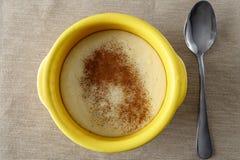粗面粉粥用桂香 库存图片