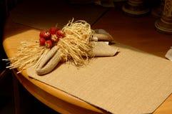 粗麻布餐位餐具 免版税图库摄影