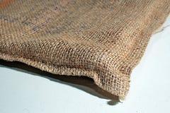 粗麻布咖啡大袋 图库摄影
