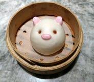 粤式点心乳蛋糕小圆面包 库存图片