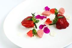 精妙的点心用草莓 库存照片
