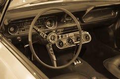 精密和凉快的汽车 免版税库存图片