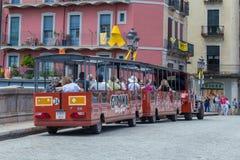 精密火车在西班牙镇赫罗纳, 29 05 2018年西班牙 免版税图库摄影