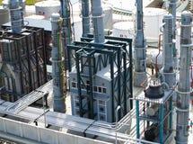 精炼厂用管道运输建筑化工工厂设备 库存照片