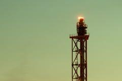 精炼厂石油化工厂的看法在格但斯克,波兰 库存照片