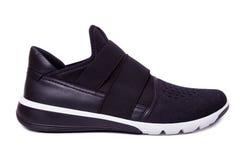黑精神体育鞋子 在白色的孤立 免版税库存图片