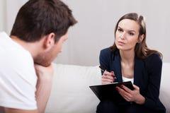 精神疗法会议采访 免版税库存图片