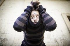 精神病学的害怕的女孩 免版税库存图片