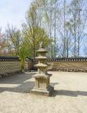 精神的柱子在韩国人汉城庭院里 柏林德国 图库摄影