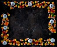 糖味玉米和南瓜糖果 顶视图,拷贝空间 免版税库存照片