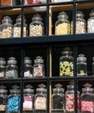 糖果店视窗 免版税库存照片