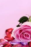 糖果玫瑰色华伦泰 库存图片