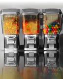糖果用机器制造减速火箭的葡萄酒 库存照片