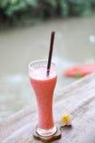 糖果草莓Smoothy 免版税库存图片