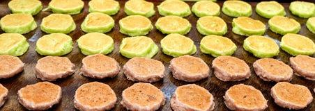 糖果鲁莽的绿色和巧克力在平底锅,泰国 图库摄影