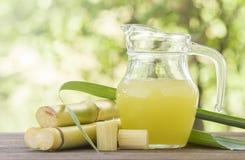 糖蔗汁 库存图片