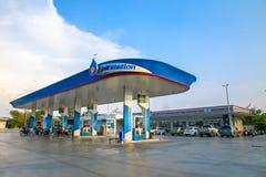 素辇,泰国2019年5月3日:PTT加油站 泰国的石油当局 免版税库存照片