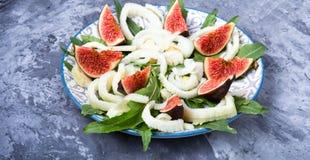 素食沙拉用无花果 免版税库存照片