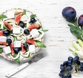 素食沙拉用无花果 库存照片