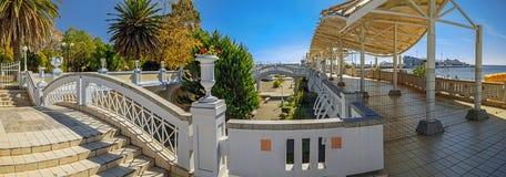索契,俄罗斯- 2015年10月8日:海滩复合体日光浴室 免版税库存图片
