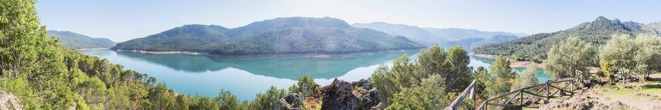 索拉纳de padilla监视, Tranco de Beas水库, nat的卡索拉 免版税库存照片
