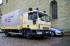 索斯特,德国- 2018年12月31日:德国红十字会卡车德语:Deutsches Rotes Kreuz 库存图片
