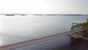 索桥跨线桥在派延奈湖,芬兰 股票录像