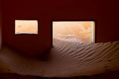 索还由沙漠 免版税库存照片