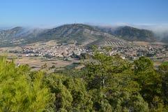 索里塔Albalate美丽的景色从Altomira的登上范围的 风景旅行假日 免版税库存图片