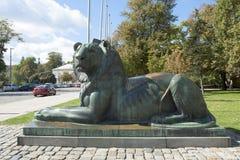 索非亚,保加利亚,对狮子的纪念碑 图库摄影