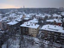 索非亚,保加利亚- 2018年2月28日:在鲍里斯庭院的全景都市风景视图晚冬季节的 库存照片