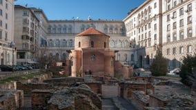 索非亚,保加利亚- 2016年12月20日:教会圣乔治惊人的看法圆形建筑在索非亚 免版税图库摄影