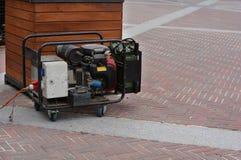 紧急电力的辅助柴油发电器 免版税库存照片