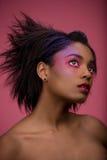 紫红色女孩 库存图片