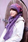 紫罗兰妇女年轻人 免版税库存照片