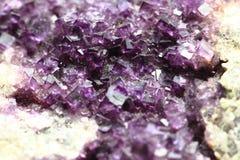 紫罗兰色荧石纹理 库存照片