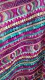 紫色和蓝色织品刺绣背景 库存图片